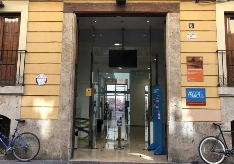 « Fermeture de l'Institut français de Valence, un cas qui interroge la stratégie culturelle française à l'international »
