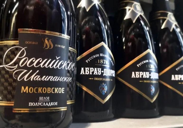 Poutine s'attaque au Champagne