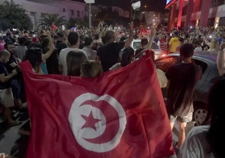 Les mesures d'exception prolongées en Tunisie