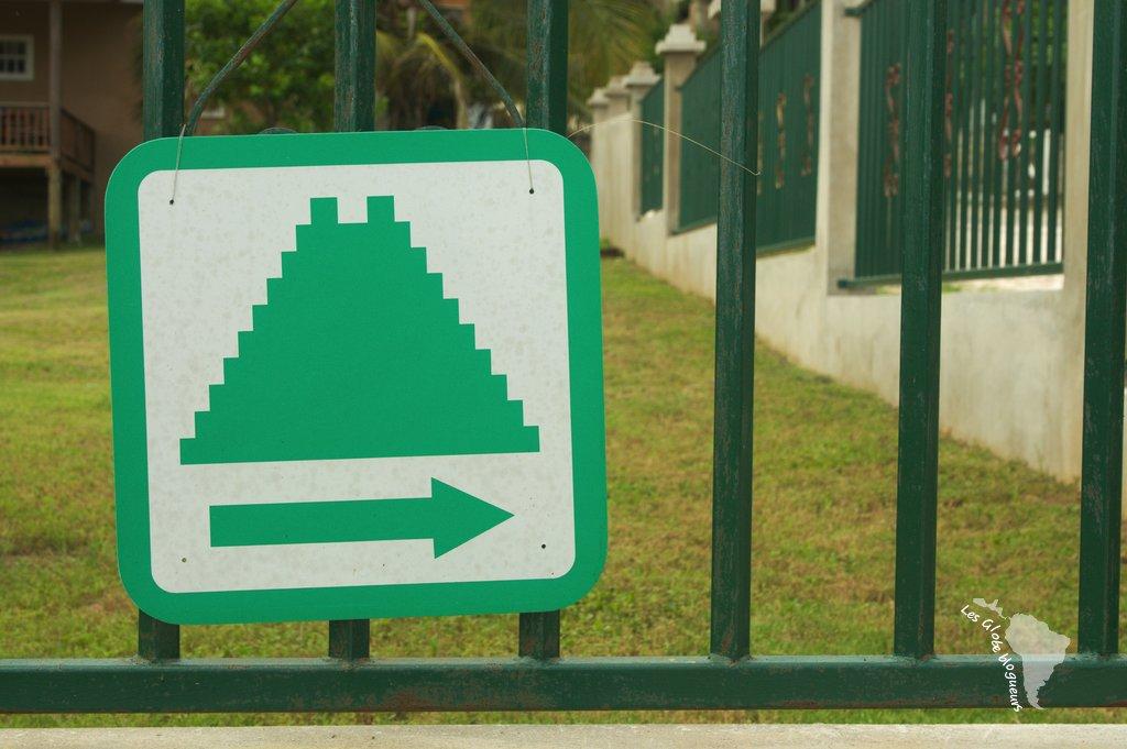 Symbole Pyramide san ignacio Bélize