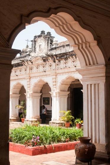 Antigua jardin arcade