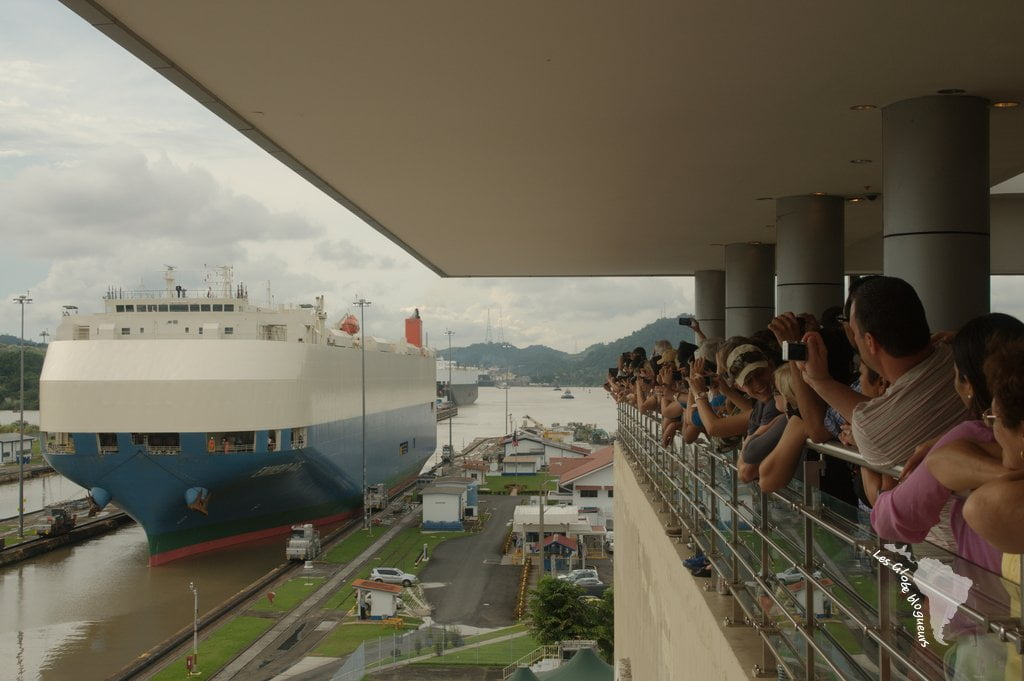passage bateau canal panama
