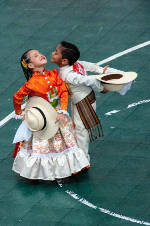 Dès le plus jeune âge, on danse la marinera
