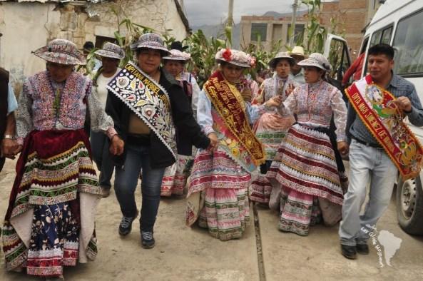 cabanaconde candelaria fiesta fête défilé bière