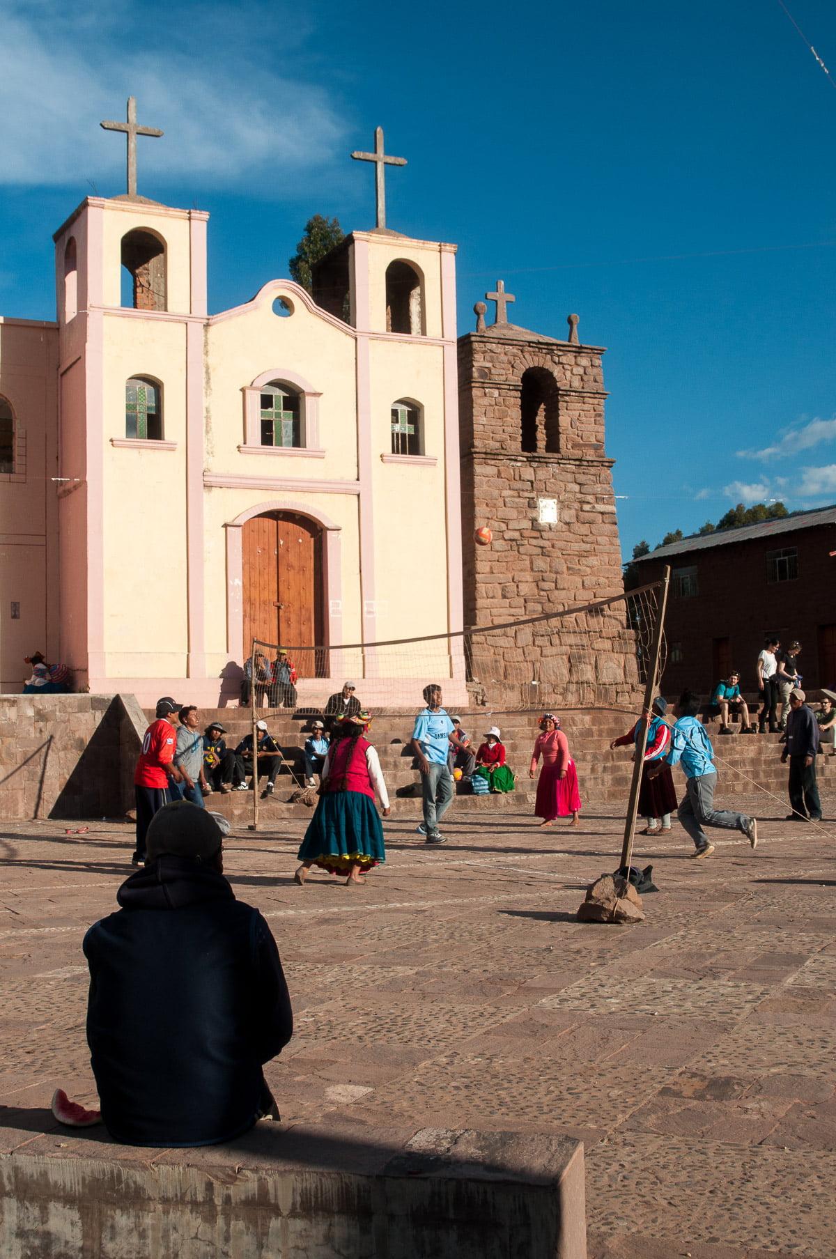 titicaca église - Les globe blogueurs - blog voyage nature