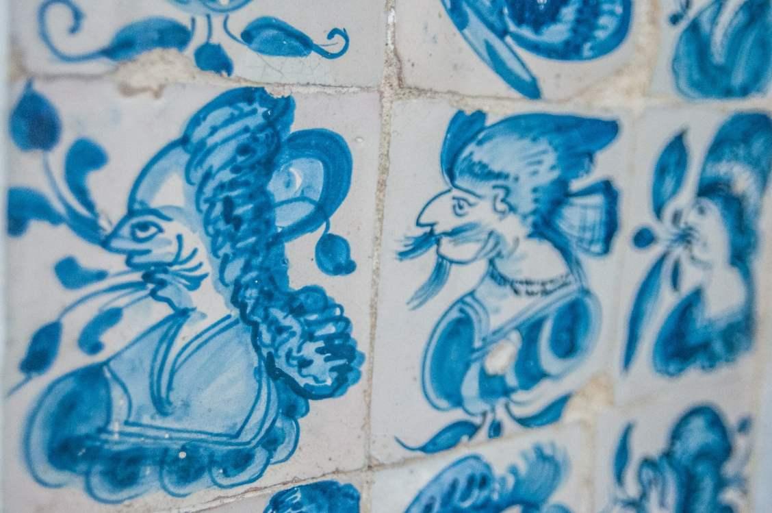 Caricatures sur azulejos