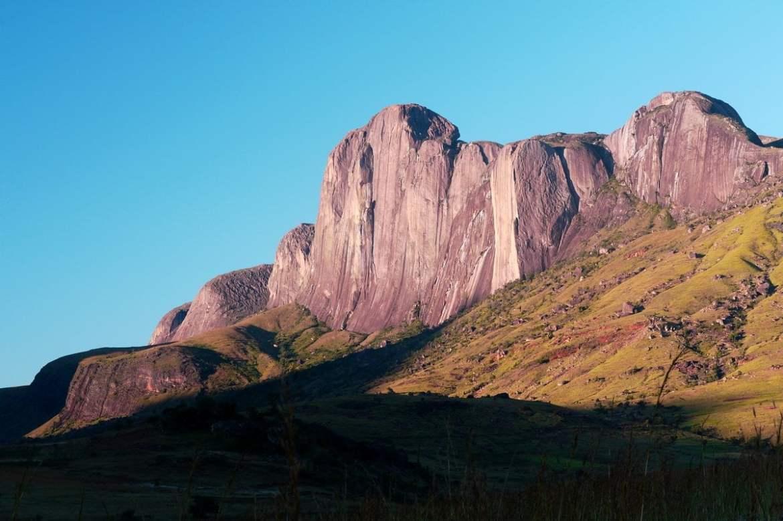 Les plus beaux paysages d'Afrique - la vallée du Tsaranoro à Madagascar