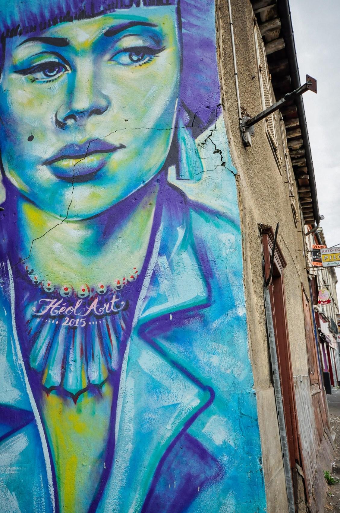 Balade urbaine à Rennes où comment découvrir les plus beaux graffiti et fresques de la ville.