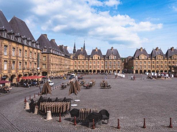 Charleville place ducale ensemble