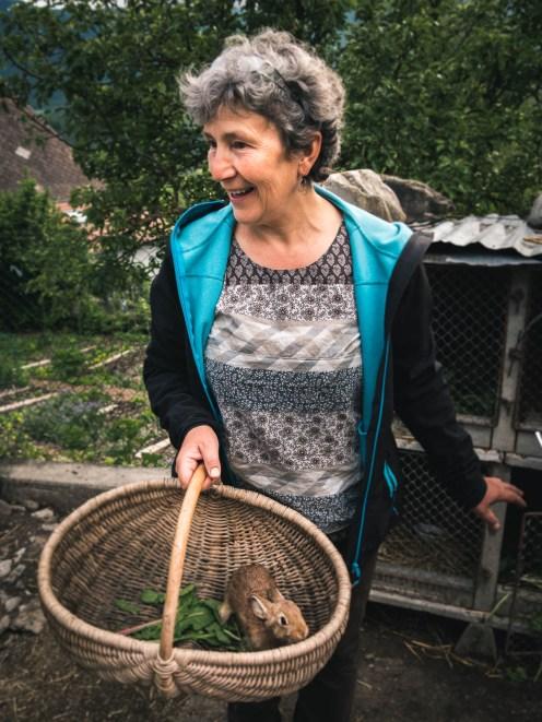 Cathy, gérante du gîte et de la ferme Chris Cath. Impossible de ne pas tomber sous le charme de son enthousiasme communicatif