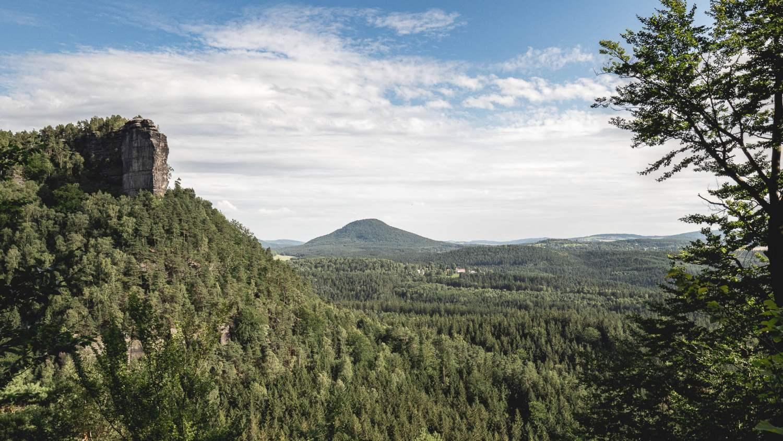 Découverte des plus beaux paysages de bohême. Le sentier gabrielle en suisse tchèque.