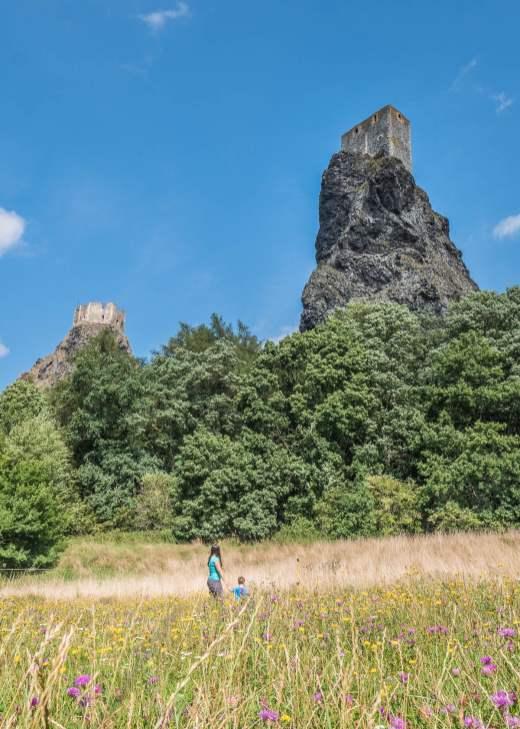 paradis tchèque château de Trosky