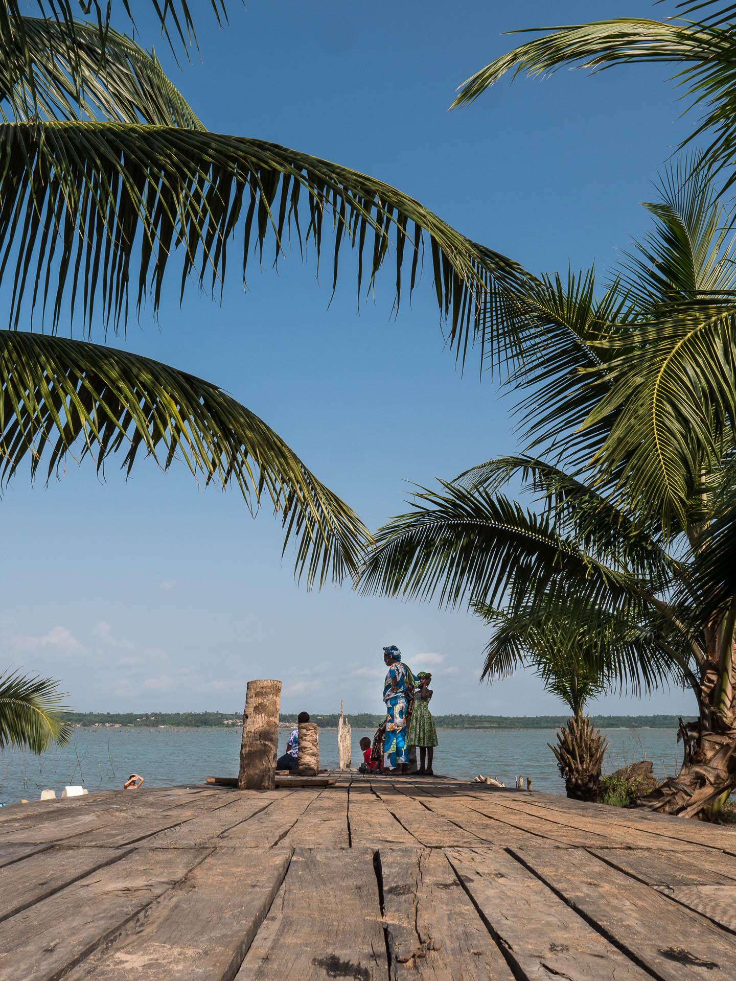 Chez théo sur les rives du lac ahémé