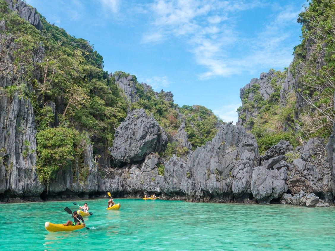 small lagoon el nido archipel de bacuit kayak