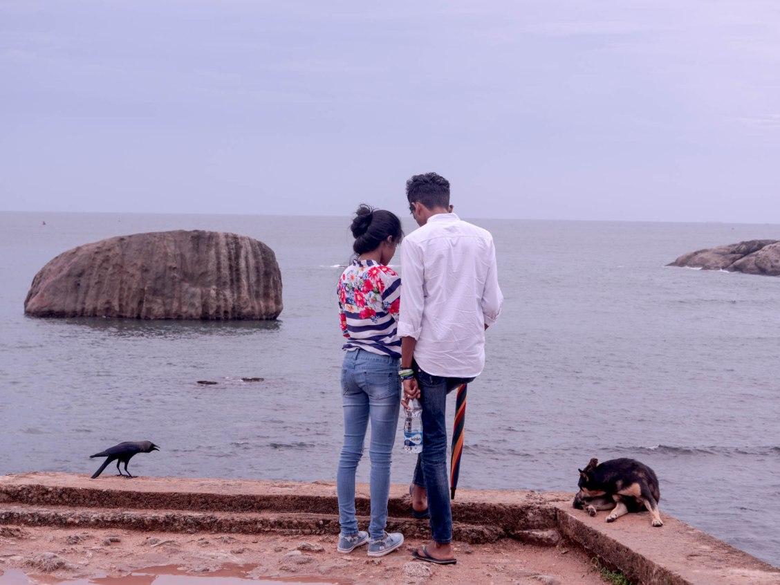 Amoureux sur les remparts de Galle au Sri Lanka