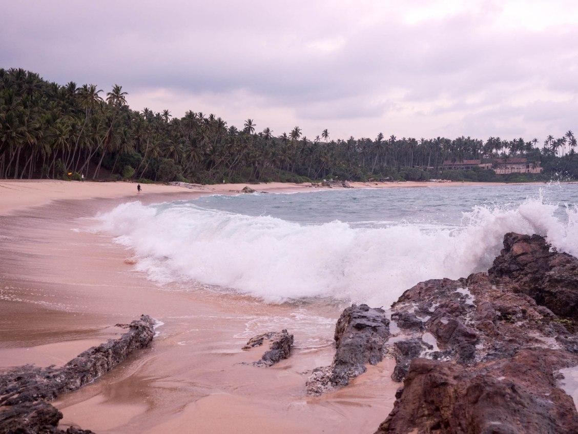 Tangalle silent beach vagues