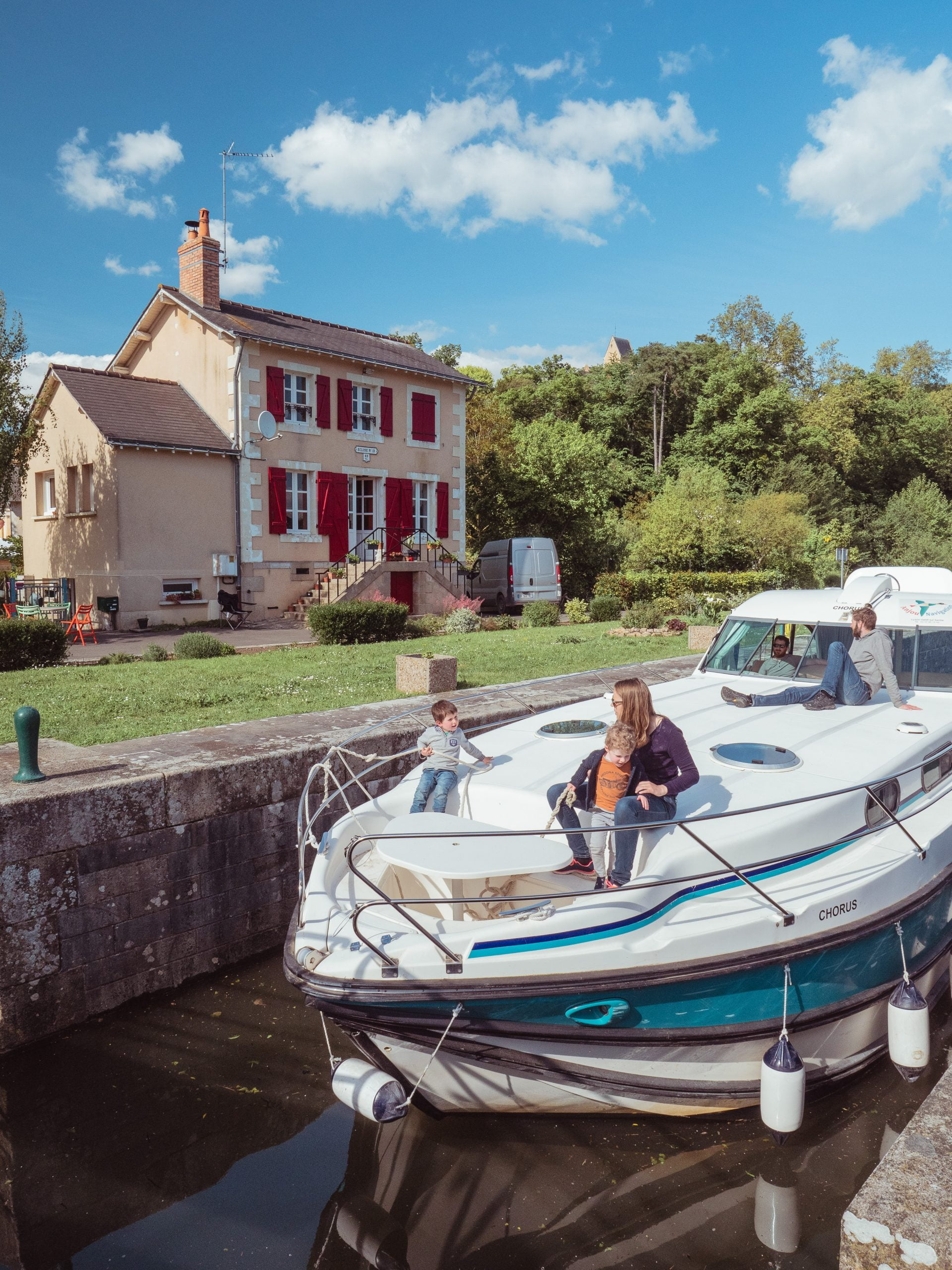 vall%C3%A9e sarthe 54307 scaled - Les globe blogueurs - blog voyage nature