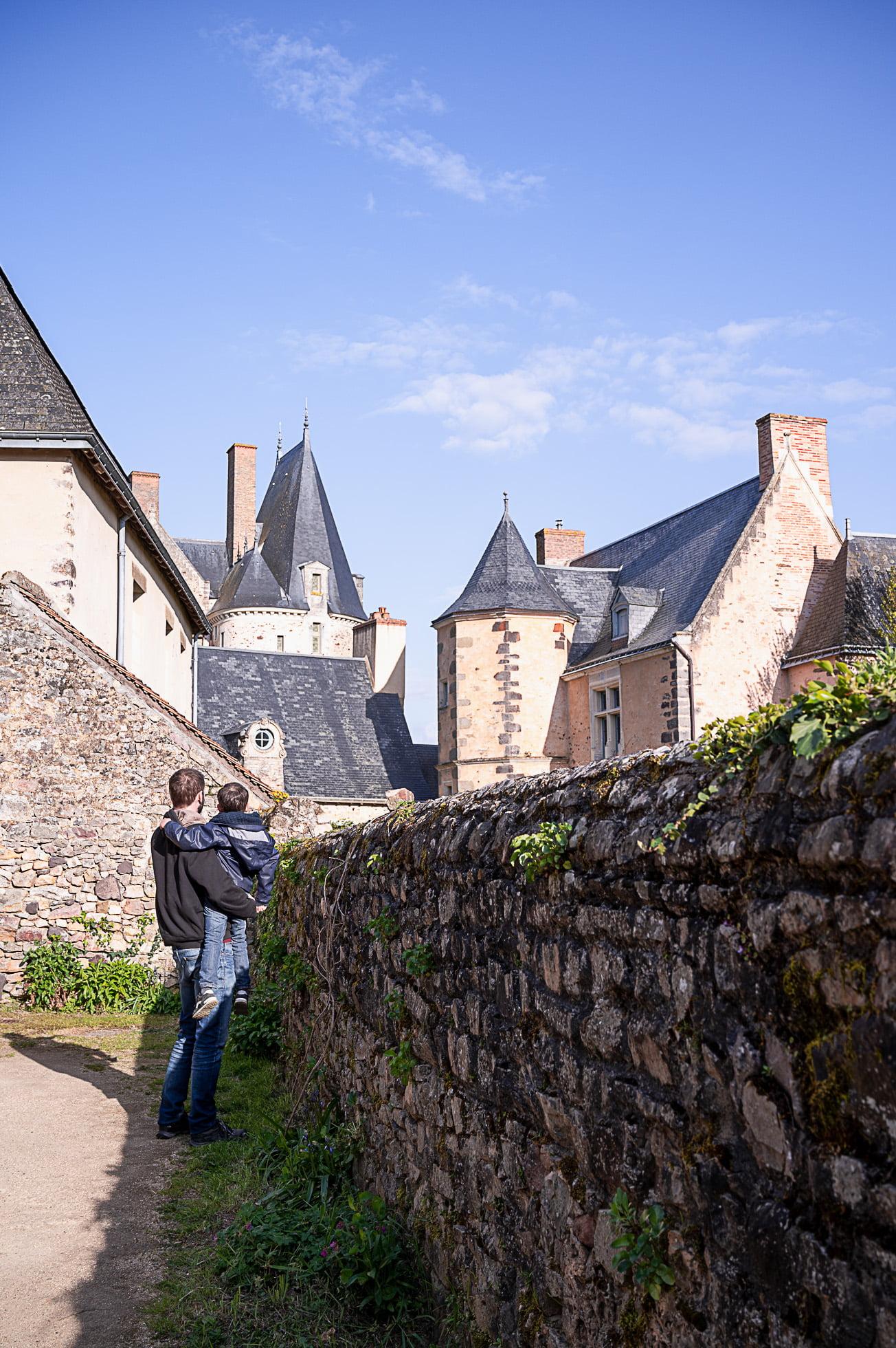 sainte suzanne 3362 - Les globe blogueurs - blog voyage nature