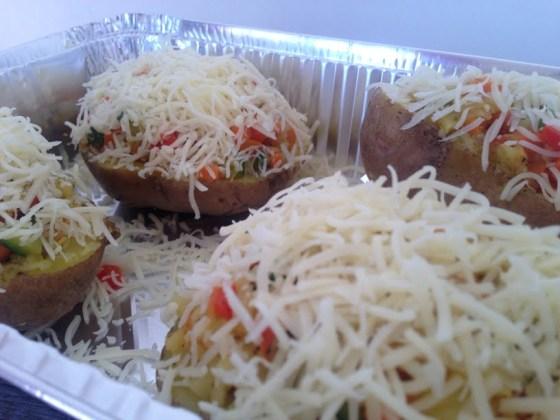 Les pommes de terre farcies aux petits légumes