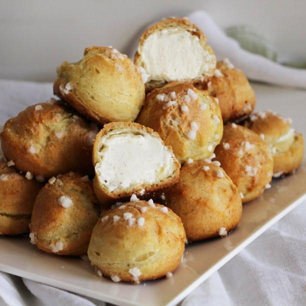 Chouquettes fourrées (crème à la vanille!)