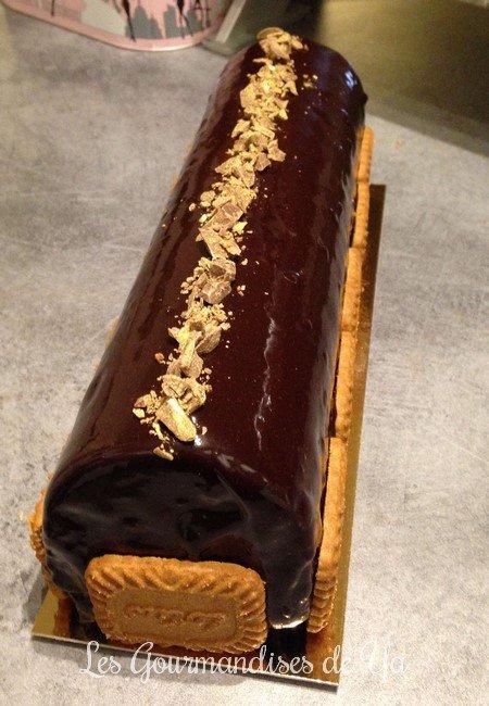 Bûche chocolat noir spéculoos LGY 03