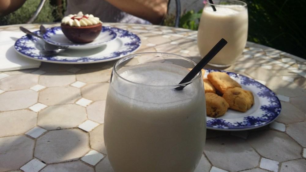 Pâtisseries et Milkshakes.