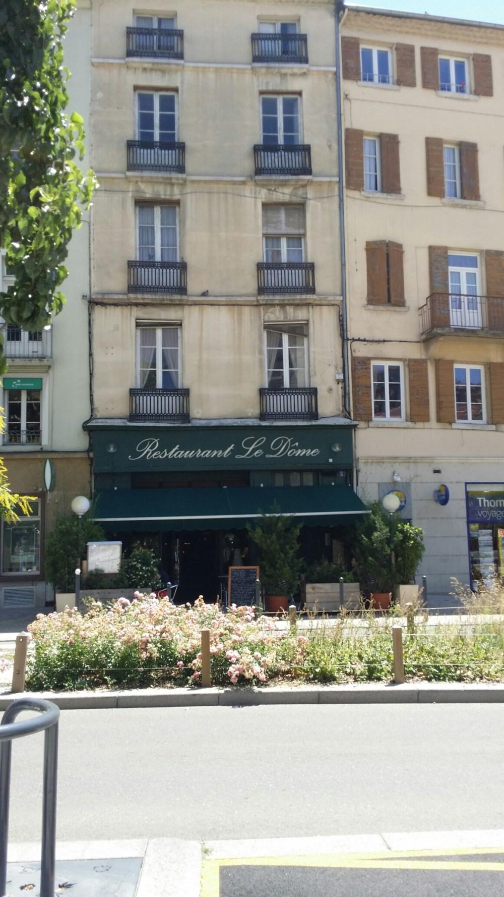 """Restaurant """"Le Dôme"""""""