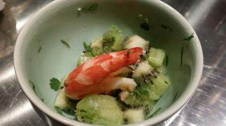 Crevettes, kiwi et coriandre