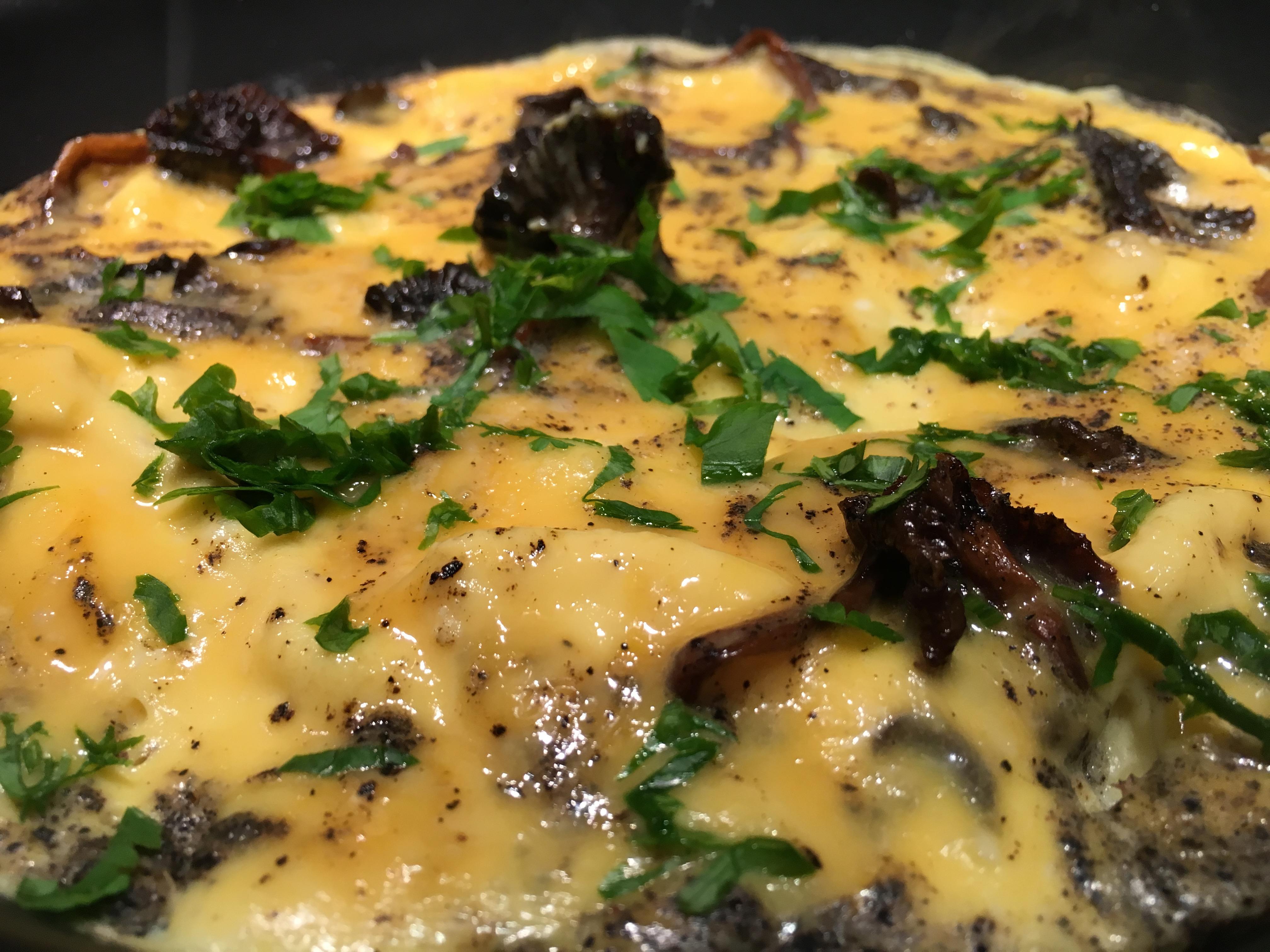Omelette aux chanterelles.