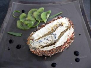 Terrine aux trois fromages à la compotée de kiwis - Maggy - magg kitchenette ©