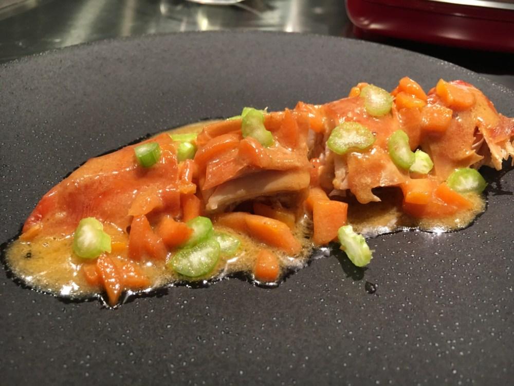 Suprême de poulet sauce crustacés