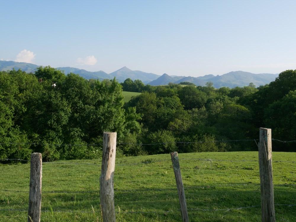 Bol d'air dans la campagne au départ d'Ainhoa...