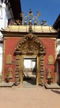 Porte d'Or, permettant l'accès aux cours intérieures du palais royal