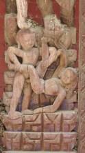 Des scènes érotiques ornent les étais de certains temples