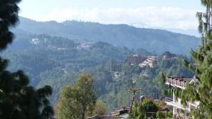 De l'autre côté, vue sur la vallée