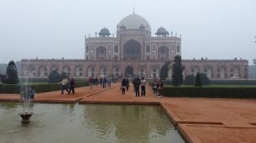 Le mausolée d'Hyumayun, très semblable au Taj Mahal