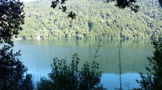 Vue sur le lac Tilquilco, au début de la randonnée