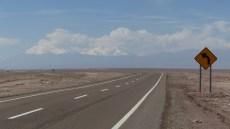 Les Andes apparaissent au loin