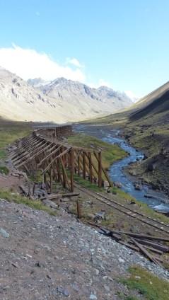 L'ancienne voie ferrée qui traversait les Andes n'a pas résisté aux éboulements