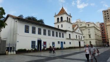 Monastère de São Bento, où les moines qui y vivent encore sont réputés pour leur boulangerie