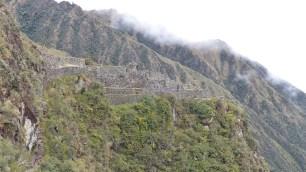 Le site de Sayacmarca et ses escaliers abruptes