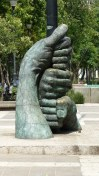 Sculpture dans l'Alameda Central