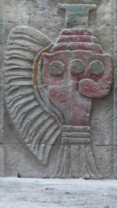 Dans le temple de l'escargot à plumes, les coquillages sculptés sont bien conservés