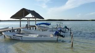 Les bateaux sont prêts pour les excursions du lendemain
