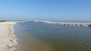 Zone de récolte du sel: si l'on se baigne ici, on flotte!