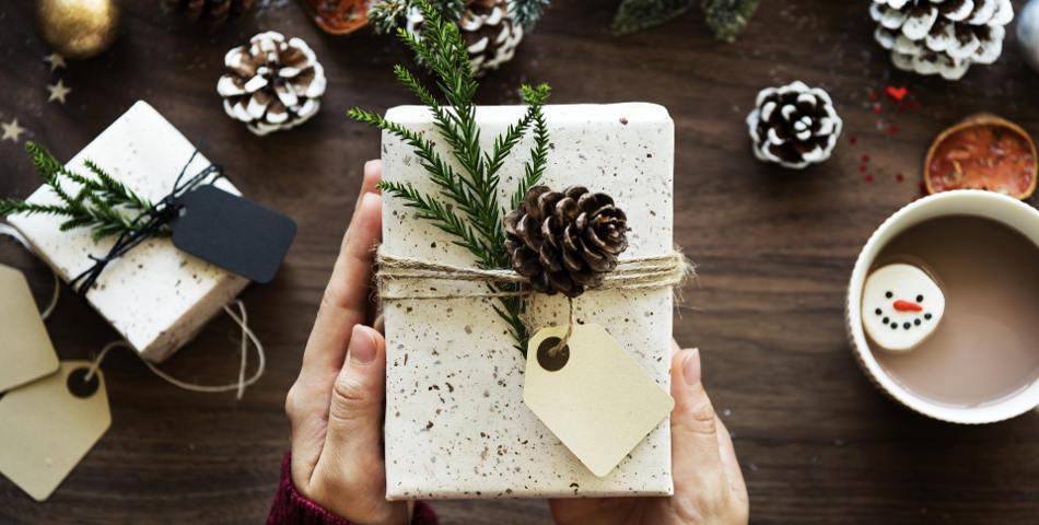 Idees de cadeaux pour un noël ecofriendly et éthique par Les Happycuriennes