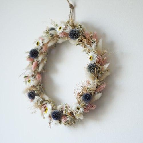 couronne anneau fleurs sechees rose bleu blanc personnalisé personnalisable customisable article boutique