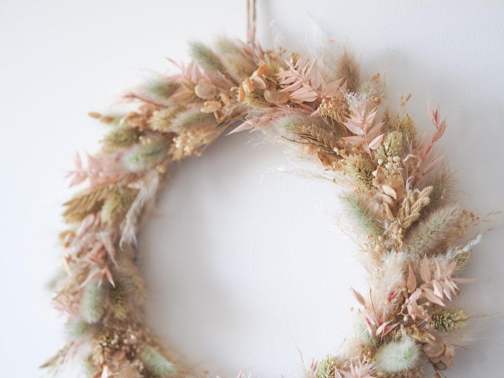 couronne anneau fleurs sechees rose vert pastel personnalisé personnalisable customisable article boutique