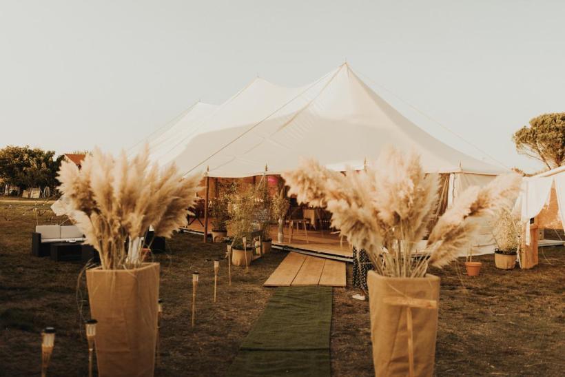 Location de tente pour un mariage à domicile