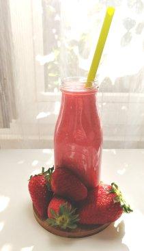 smoothie fraise les idées de mimi 6738126291912708183..jpg